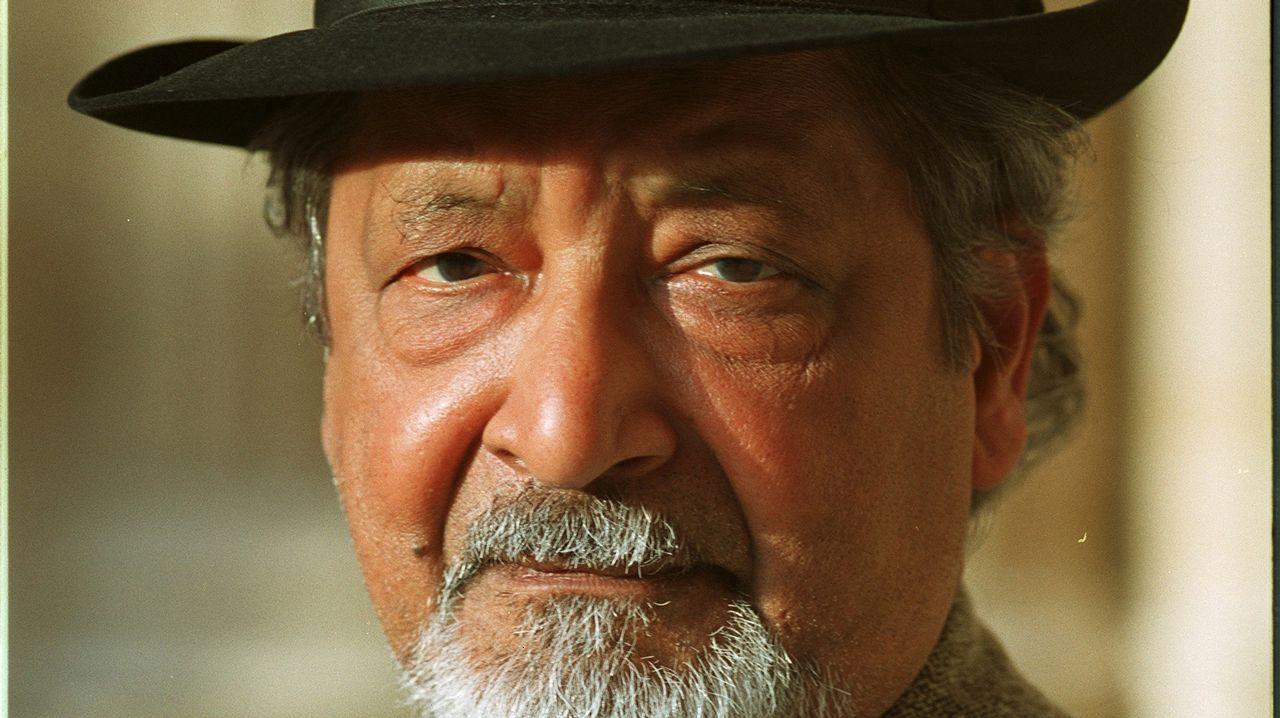 «El músico es como un médium».Otero Pedrayo recibe unha homenaxe na praza do Obradoiro
