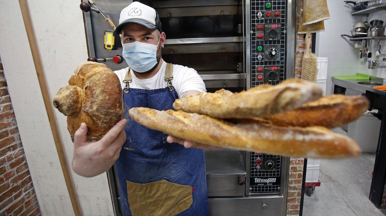 Daniel Pampín, dueño de Amásame Bakery (Pontevedra), es uno de los 80 mejores panaderos de España.