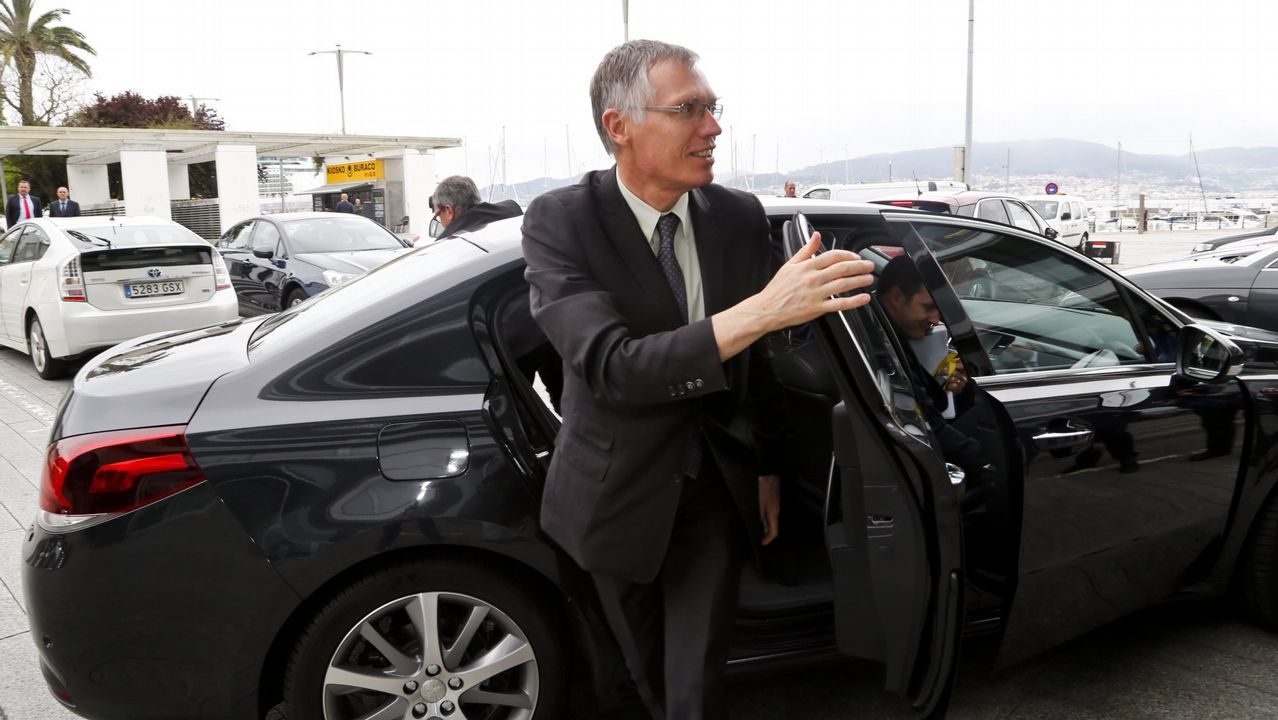 El coche que se conduce sin manos es «made in Galicia»