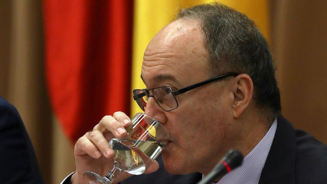 El gobernador del Banco de España advierte «problemas serios» en las pensiones.Luis Mariá Linde