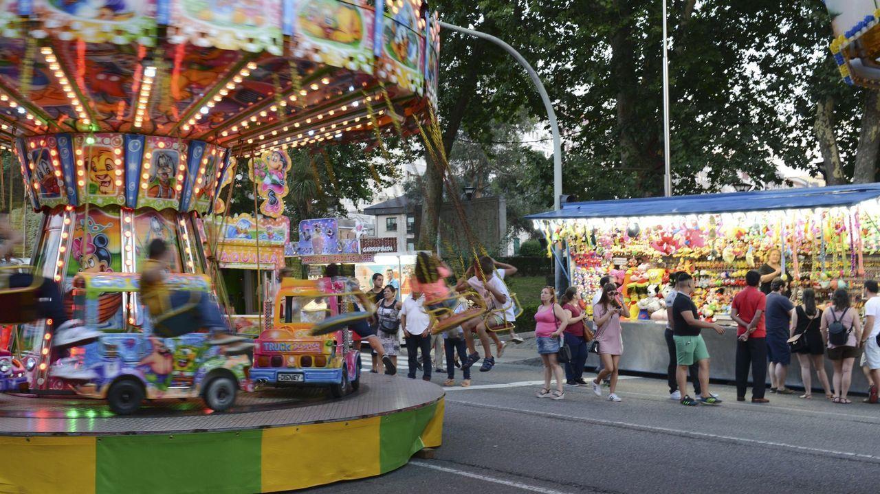 Rueda de prensa de Jácome.Imagen de archivo de las atracciones en las fiestas de Ourense