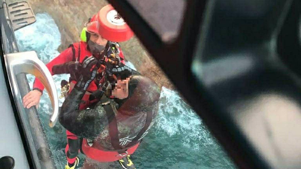 Una declaración de amor practicando buceo.Submarinista rescatado en Oviñana