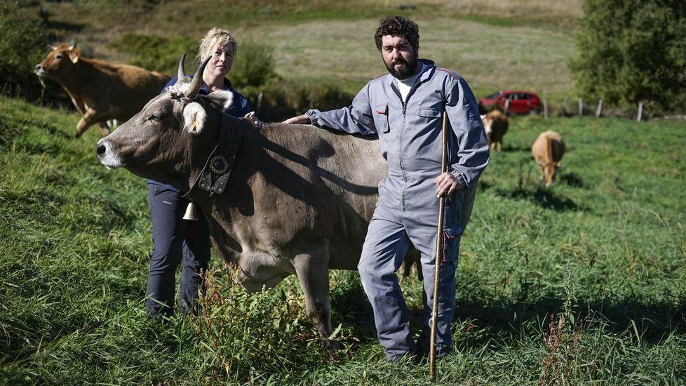 Entrega de los premios Magnum en Vilagarcía.Sonia y José Manuel García tienen sus granjas en Penapetada