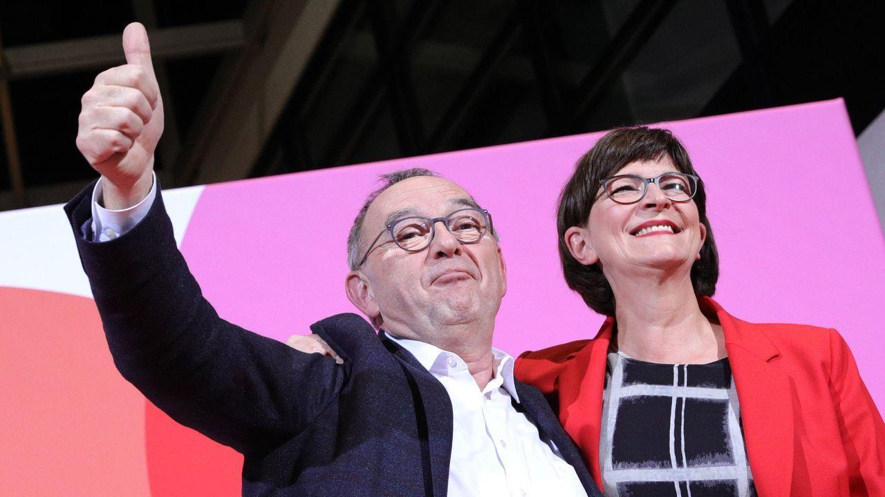 Norbert Walter-Borjans y Saskia Esken se impusieron como nuevos líderes del SPD en la consulta a la militancia