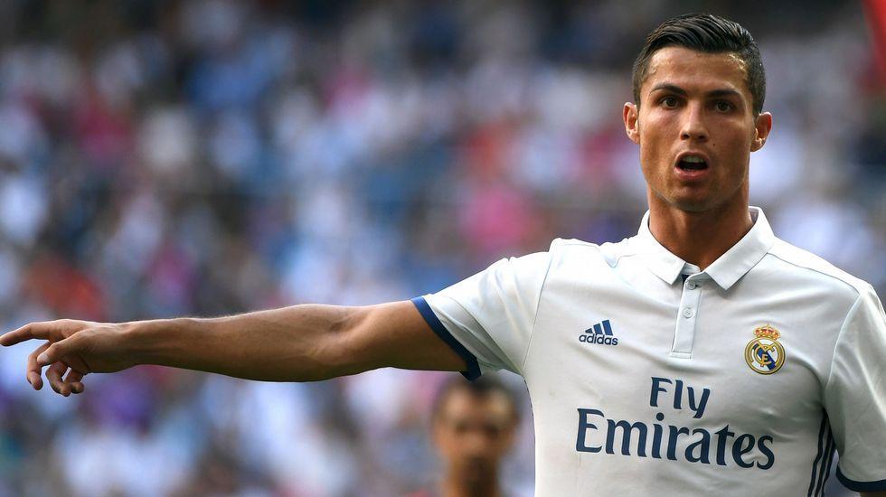 Cristiano Ronaldo: «¿Qué me importa lo que diga Xavi?».Xavi Torres, en el partido contra el Athletic