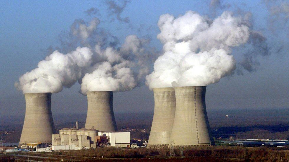 ¿Por qué no cierran los suizos sus centrales nucleares?.Homenaje a las víctimas en el sexto aniversario del tsunami ocurrido en Fukushima el 11 de marzo del 2011