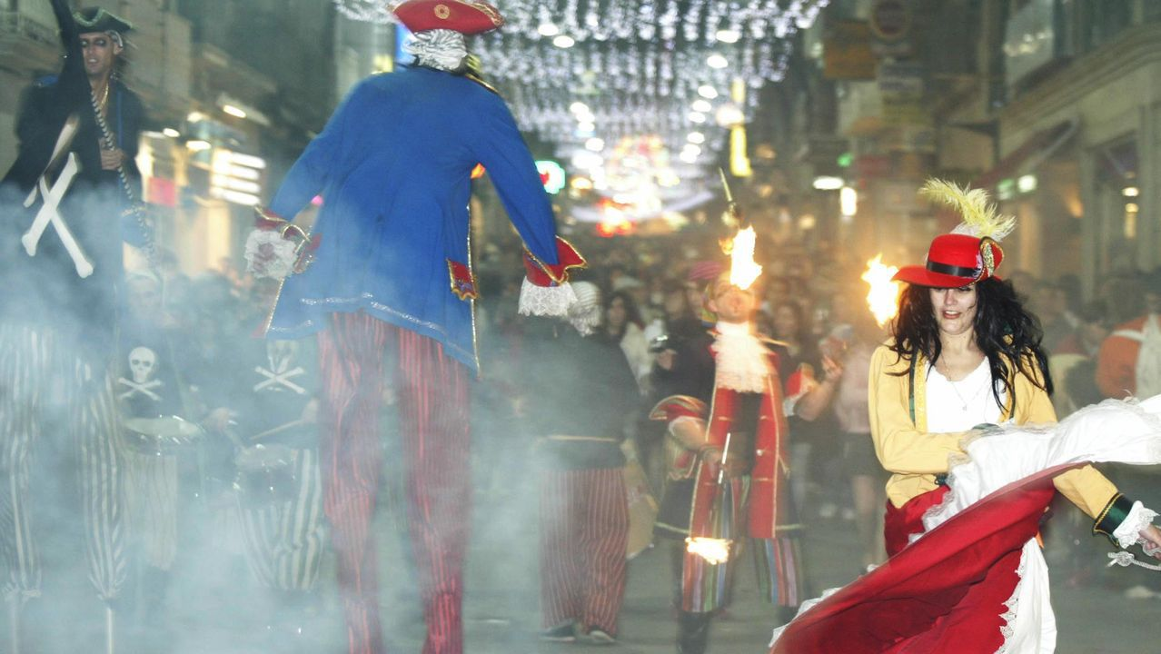 Grupo de animación en la calle del Príncipe durante las Navidades del 2005