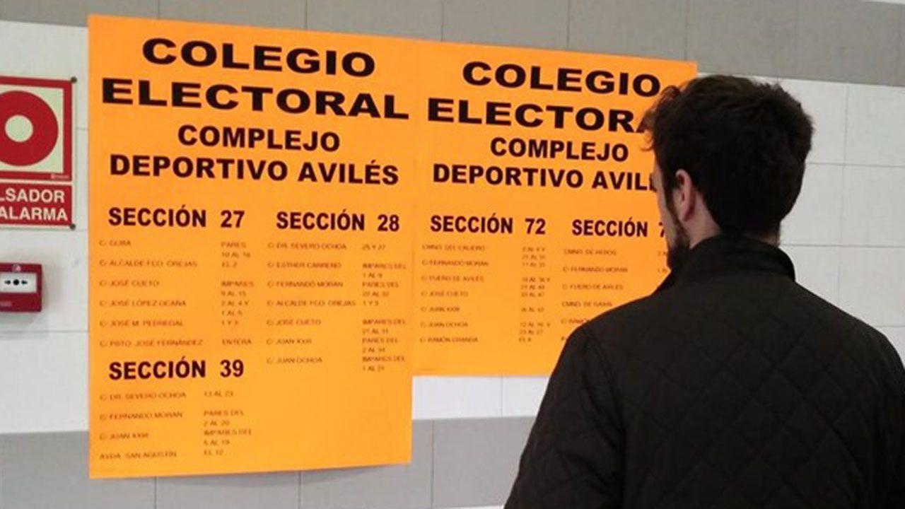 Elecciones Municipales 2019 en A Mariña.Un votante en Avilés
