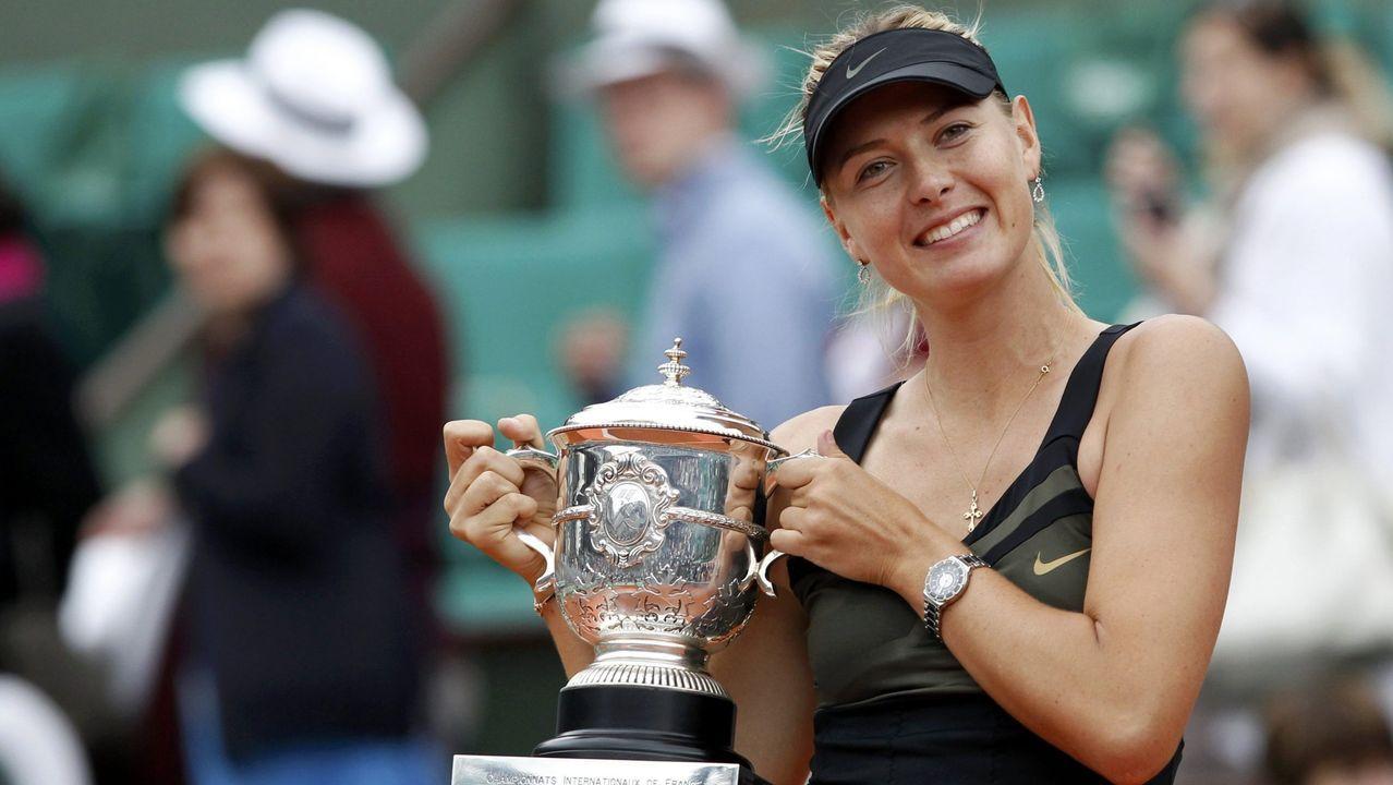 También ganó Roland Garros en el año 2012 sobre la arcilla parisina.