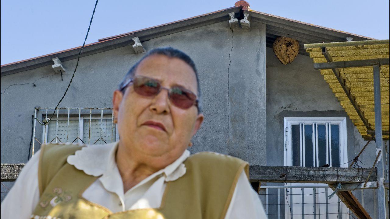 Este es el ruido que aguanta a diario un vecino de Bergondo.Los agentes y fuerzas de emergencias, en el embalse de Cecebre
