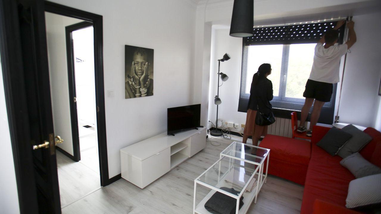 Artemisa vendió este piso de tres habitaciones y sin ascensor a una persona que lo reformó y lo acaba de alquilar a estudiantes por 480 euros al mes