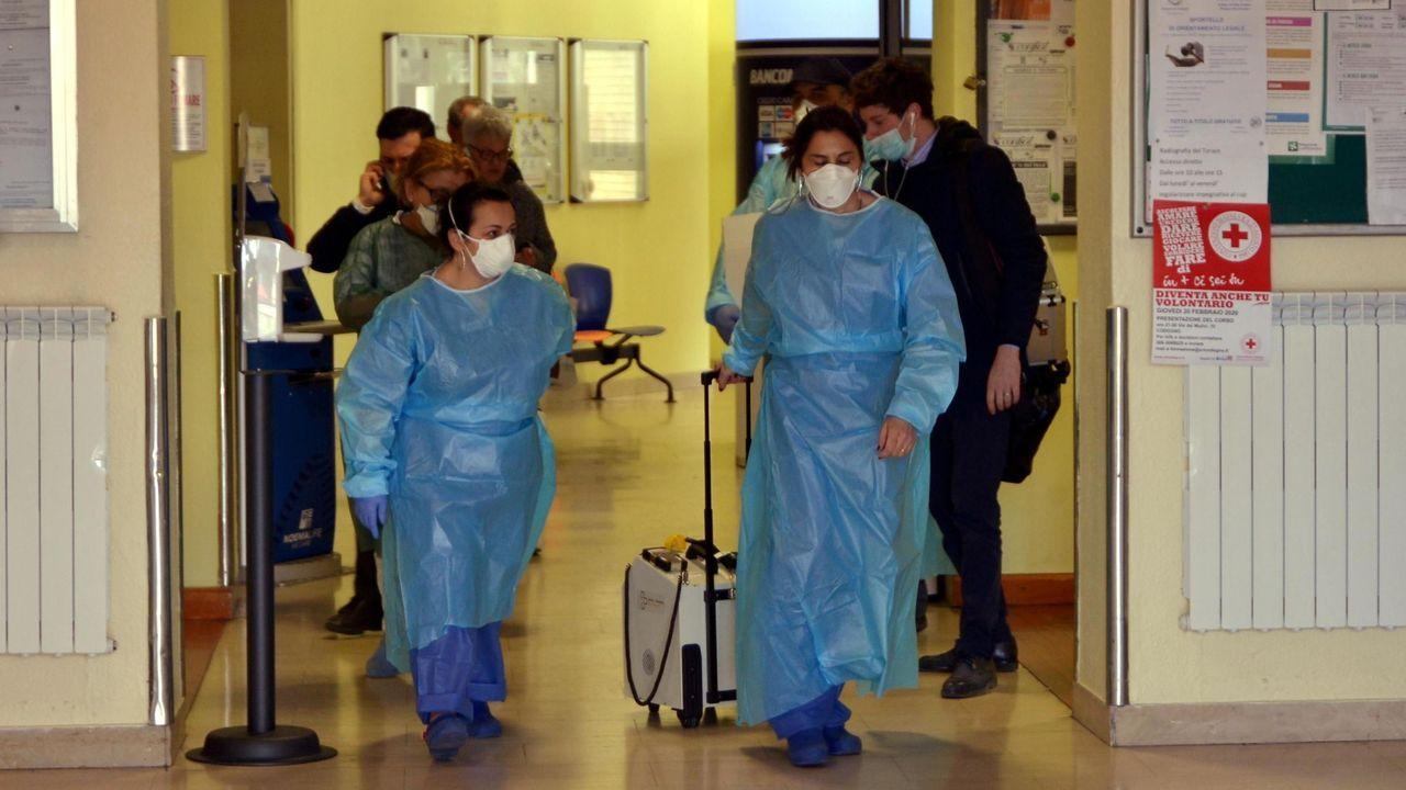 Mueren dos personas a causa del coronavirus en Italia.El consejero de Salud, Pablo Fernández Muñiz, durante un pleno de la Junta General del Principado