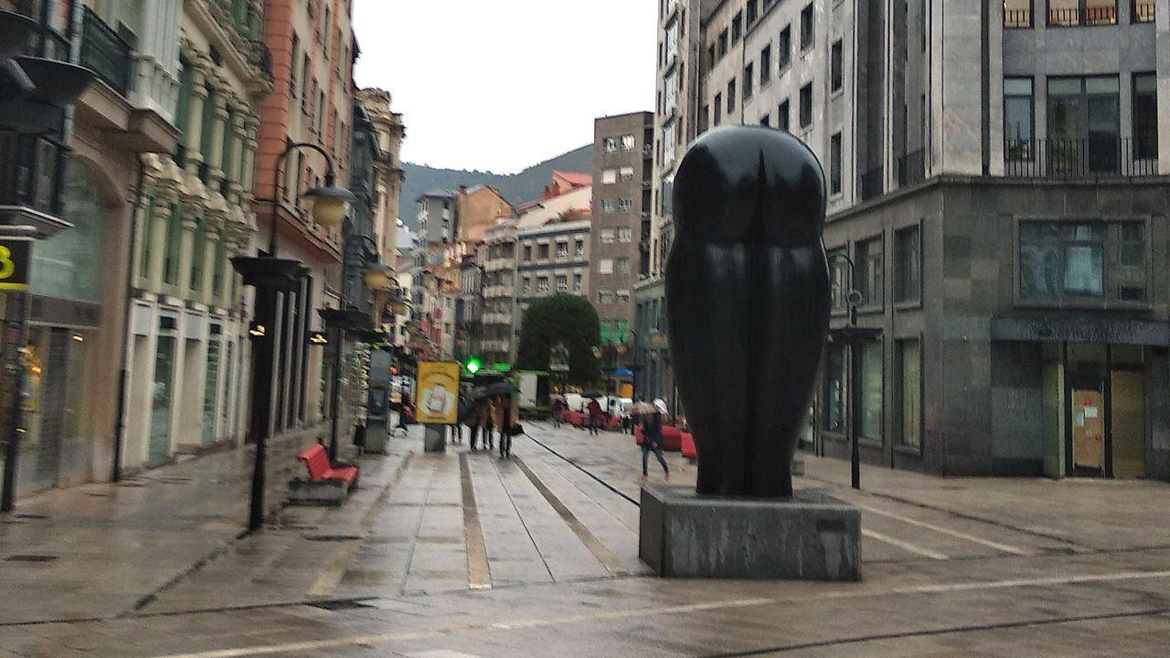 Escultura del culo, Oviedo