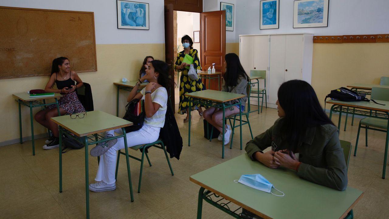 Regreso a las aulas en el pontevedrés IES Valle Inclán