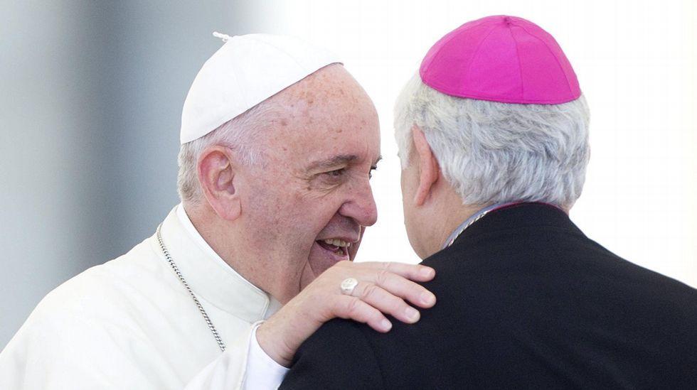 La nueva actitud de Rosario Porto y Alfonso Basterra.El arzobispo dominicano, Josef Wesolowski, acusado de pederastia, en una imagen de archivo