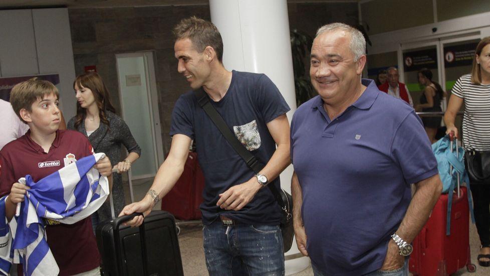 Fernando Navarro, a su llegada a Alvedro
