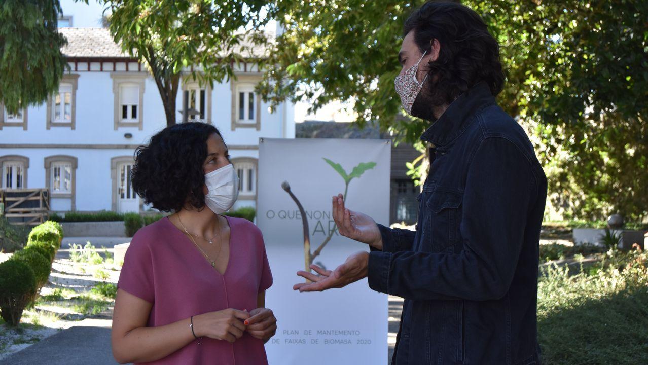 La diputada Mónica Freire y el cineasta Ólixer Laxe presentaron el programa  O que non arde