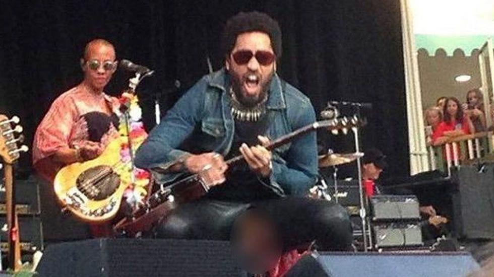 Lenny Kravitz, al descubierto.En el primer día de venta para su concierto en Santiago, Maluma despachó 3.500 entradas