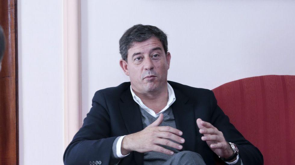 Comité nacional del PSdeG.Besteiro reiteró ayer en Santiago su confianza en la «inocencia» de la alcaldesa viveirense.