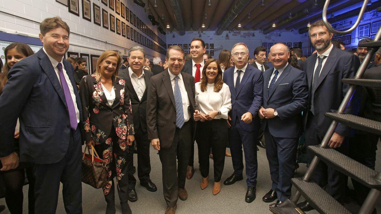 Xoaquín Fernández Leiceaga, portavoz del PSdeG en el Parlamento de Galicia, y Miguel Ángel Santalices, presidente de la cámara gallega
