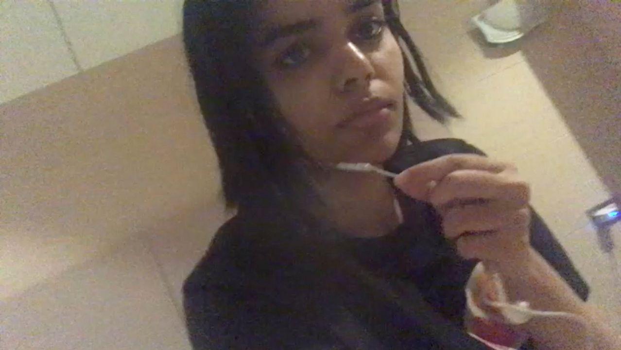 Rahaf Mohamed al Qunun, joven saudi que huye de su familia