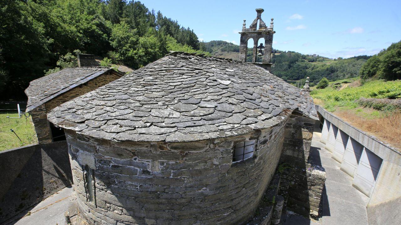 Iglesia de San Facundo de Ribas de Miño, en Paradela