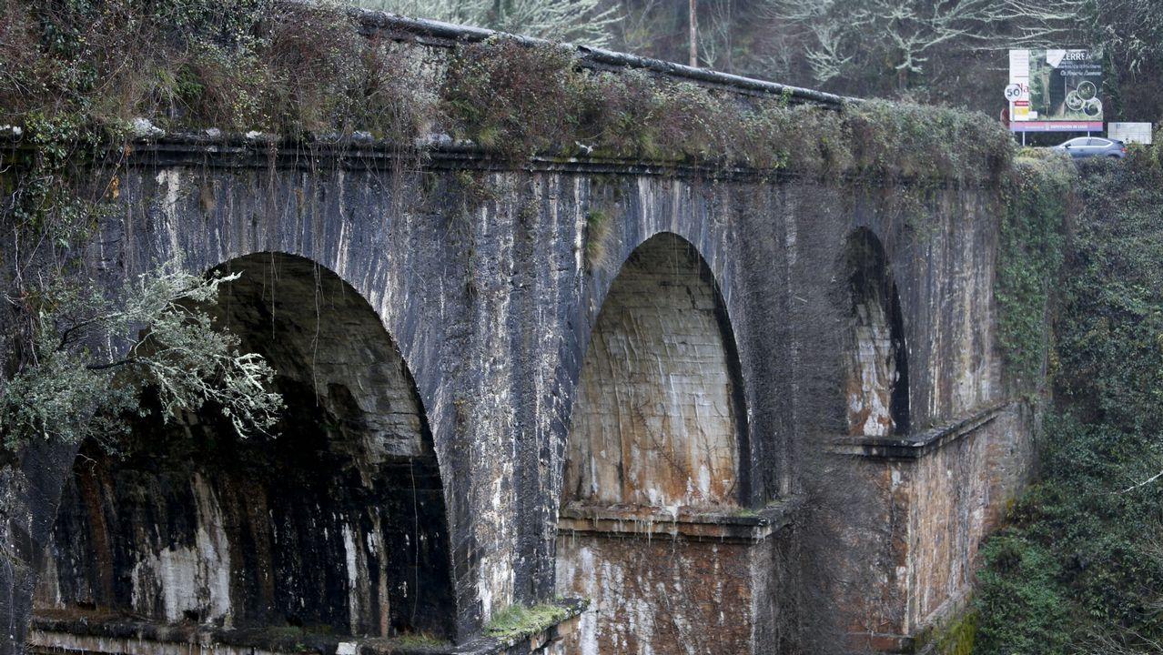 Diez años siguiendo el rastro de los hombres de Neandertal en Cova Eirós.A Ponte de Cruzul, en una imagen de archivo