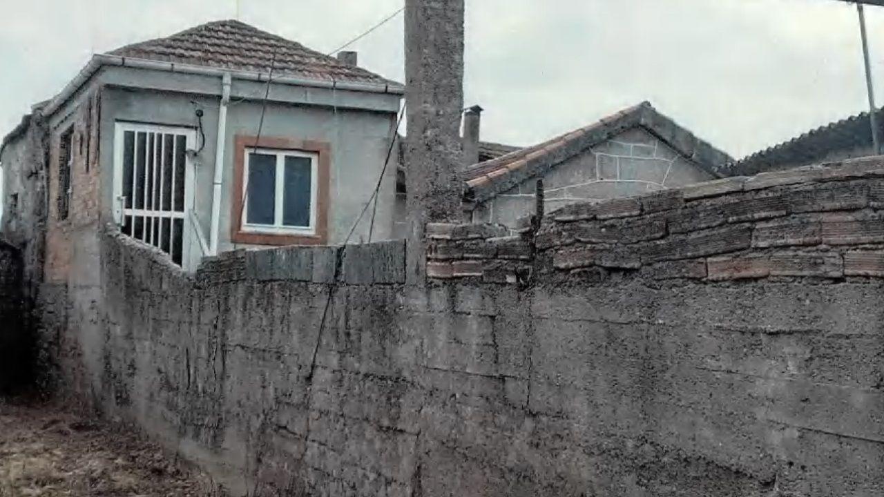 En este caso se arreglarán los acabados exteriores, paramentos y carpinterías; se hará con revestimiento de fachada y muros, y un color acorde. El propietario recibirá 1.905 euros