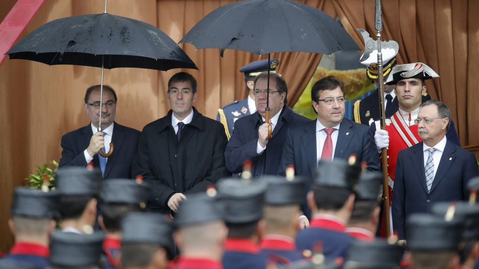Los presidentes de Aragón, Javier Lambán; Canarias, Fernando Clavijo; Castilla y León, Juan Vicente Herrera; Extremadura, Guillermo Fernández Vara y Ceuta, Juan Jesús Vivas