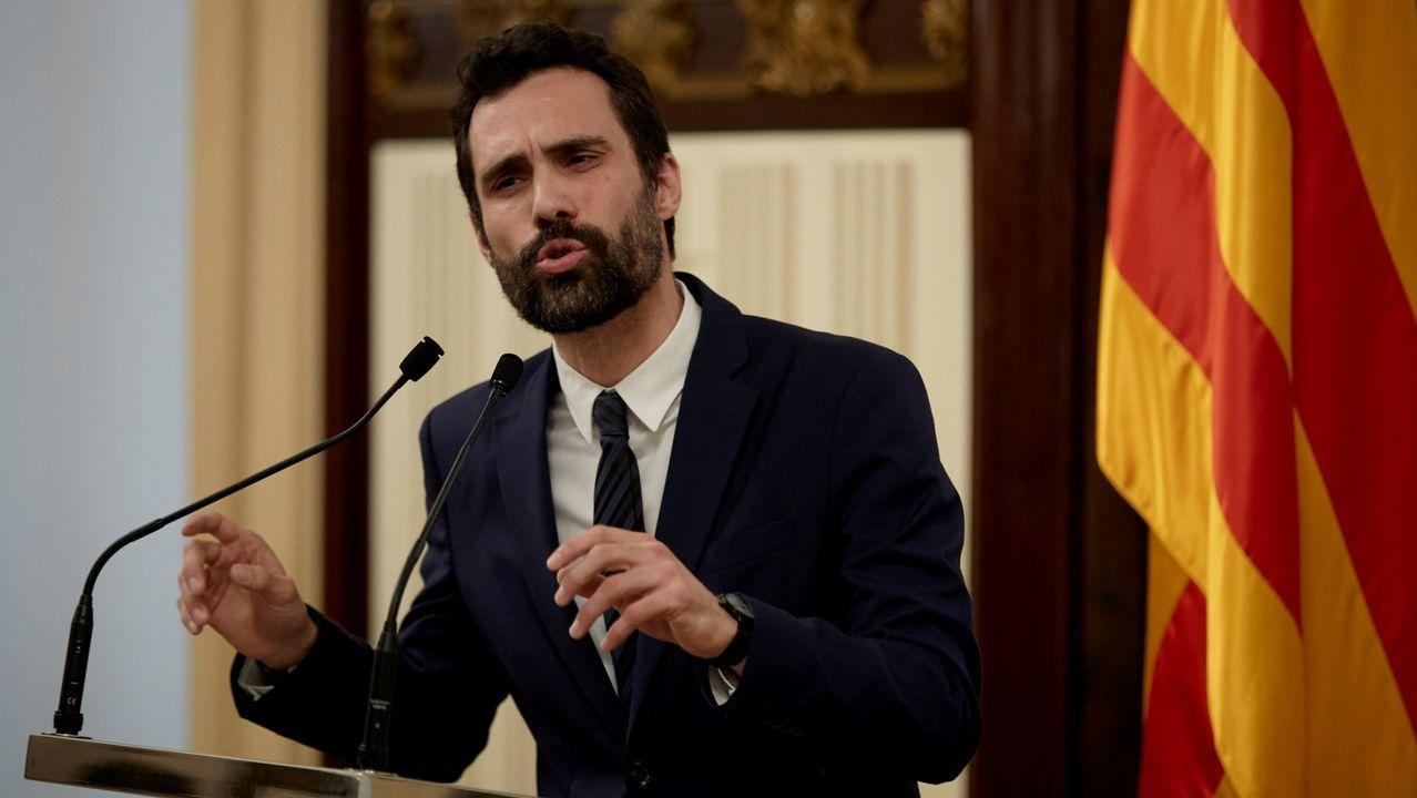 Un comisario pone en evidencia al abogado de Junqueras recordándole su participación como mediador en un colegio el 1-O.El presidente del Parlamento catalán, Roger Torrent,