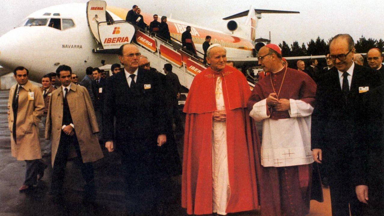 «Intentaremos que el Papa visite Galicia el próximo año santo».Elías Yanes