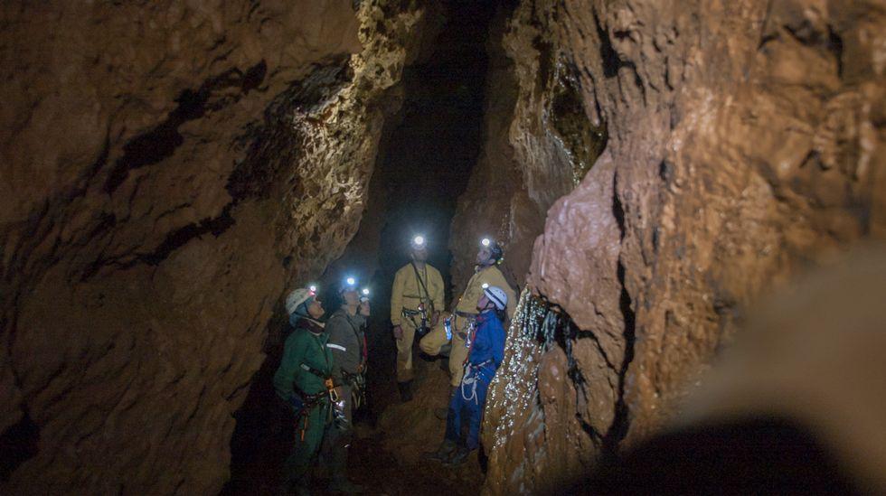 A cova de Reibarba é considerablemente menos coñecida que outras cavidades naturais da serra