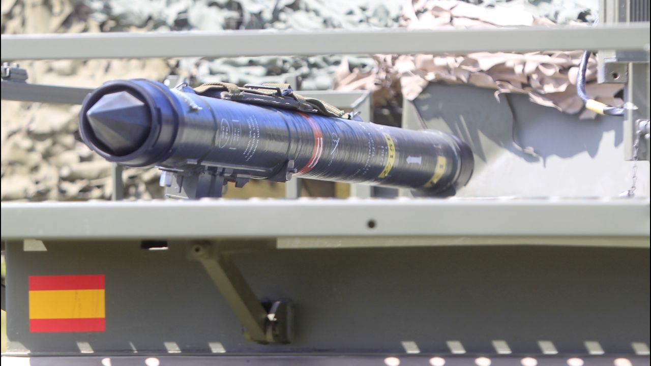 Misil del sistema Mistral, por guía infrarroja y con un alcance de 4 a 6 kilómetros