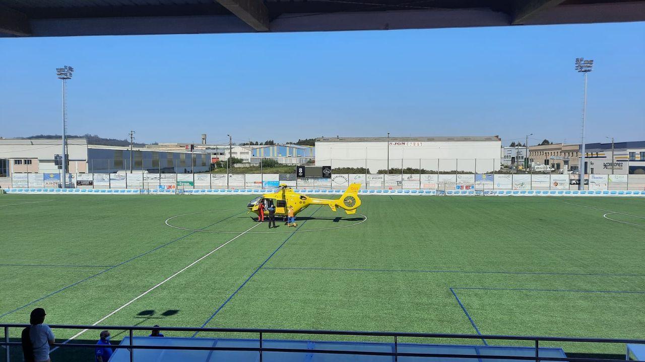 El Bergantiños juvenil A celebró su clasificación para la gran final por el ascenso a Nacional.Yelco Alfaya