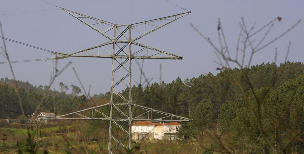 El conflicto del paso de la línea por Merza estalló en 1996.