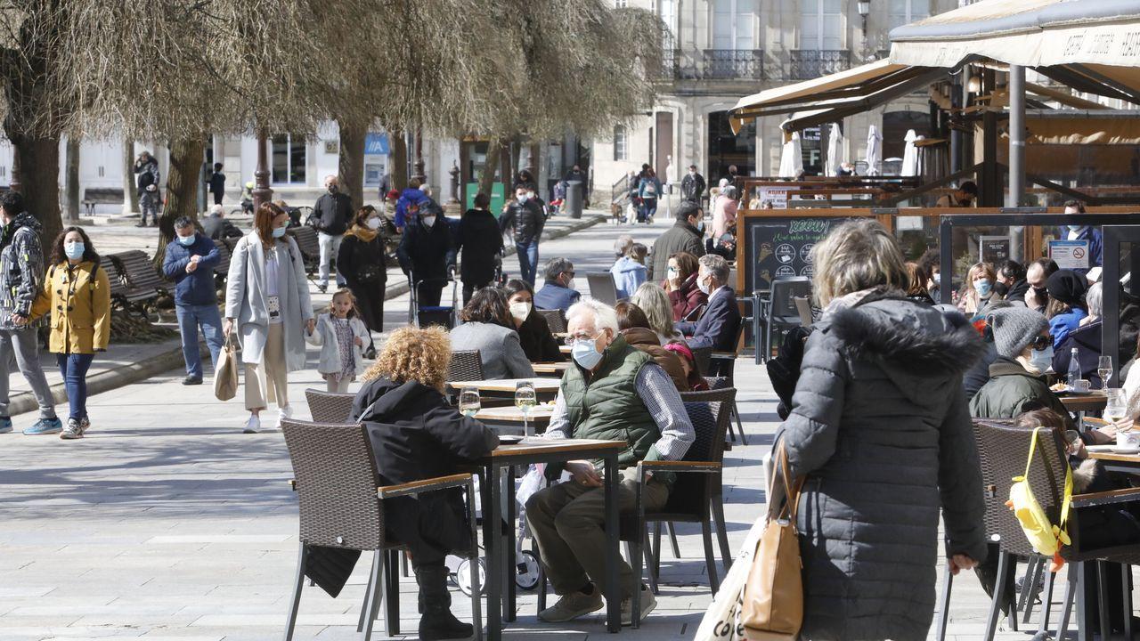 Las terrazas de la plaza Mayor de Lugo también estaban repletas.Las terrazas de la plaza Mayor de Lugo también repletas