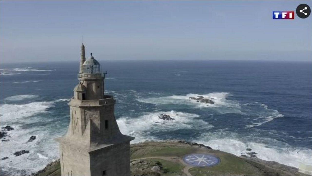 La torre de Hércules es una de las protagonistas del reportaje de TF1 sobre la costa gallega titulado «À la découverte de la Galice, la Bretagne espagnole»