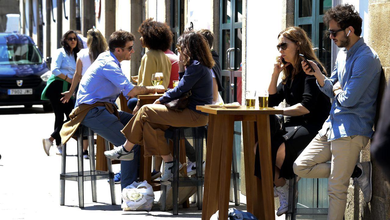 En Santiago se llenaron las terrazas del mercado de Abastos
