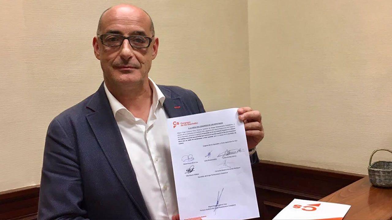 Imagen de Felisuco en su cargo como Diputado