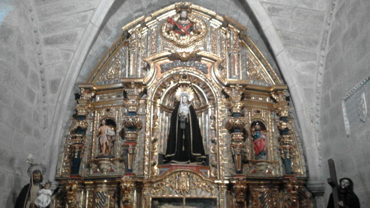 Busto de Gonzalo Torrente Ballester en Ferrol