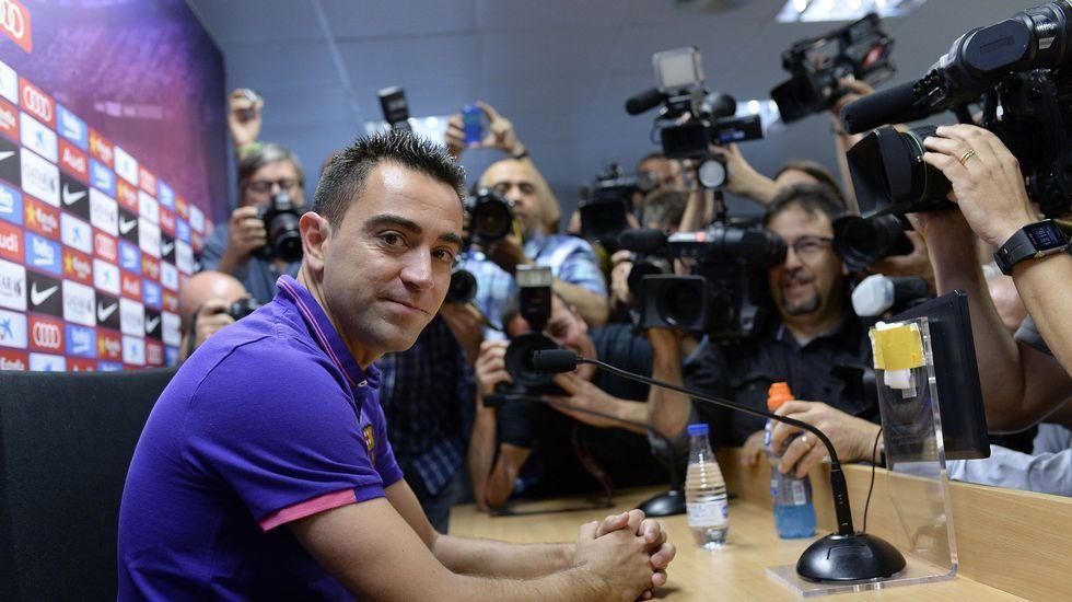 El adió de Xavi en el Camp Nou.El presidente del Consejo Superior de Deportes, Miguel Cardenal, y el secretario de Estado de Seguridad, Francisco Martínez, durante la rueda de prensa de ayer.
