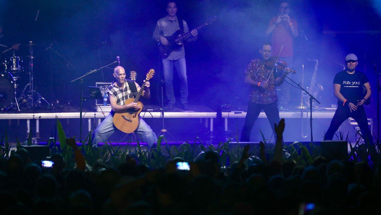 Primera jornada del Festival de la Luz en Boimorto.Celtas Cortos