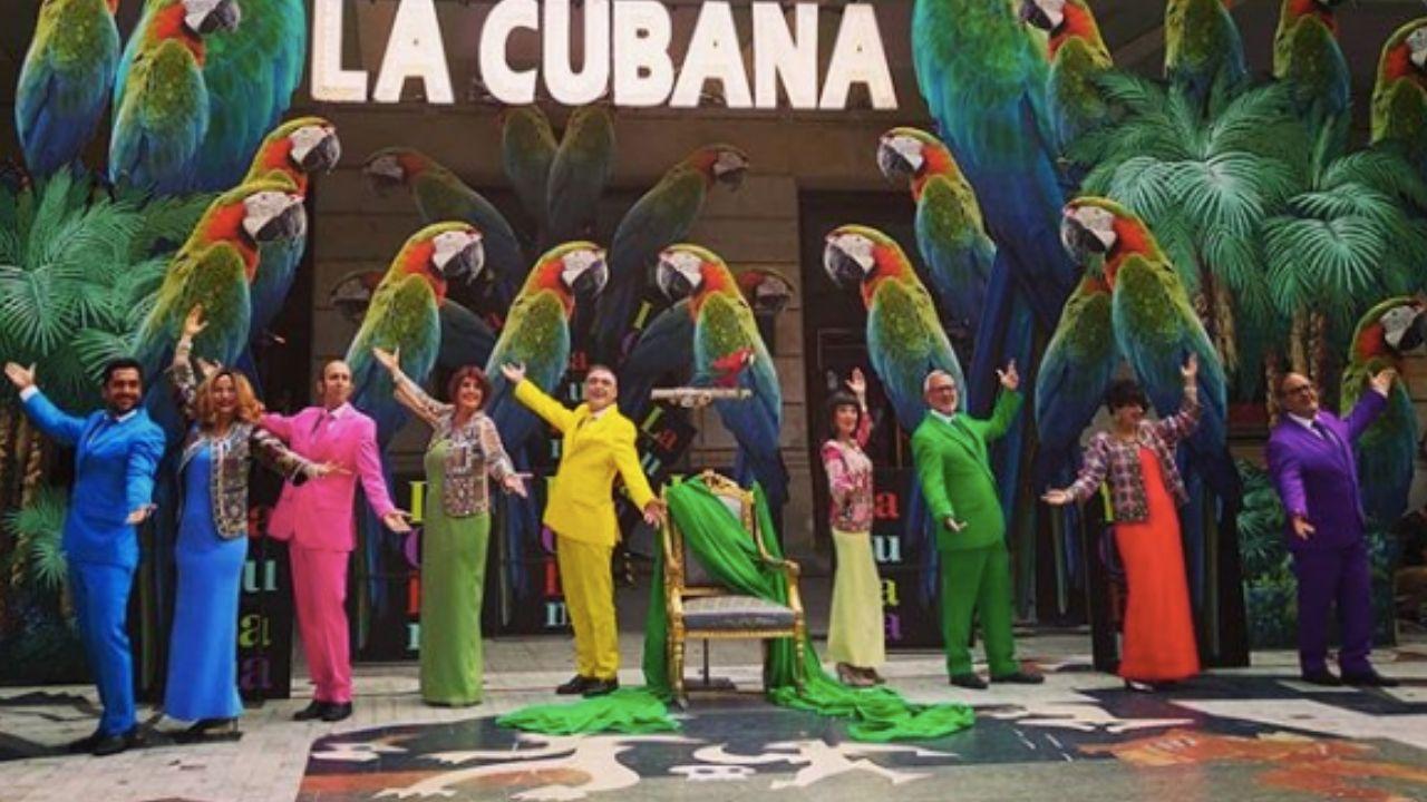 Club de Slot Scalextric.Presentación, ayer, del espectáculo de La Cubana «Adiós Arturo», en el paseo de Begoña