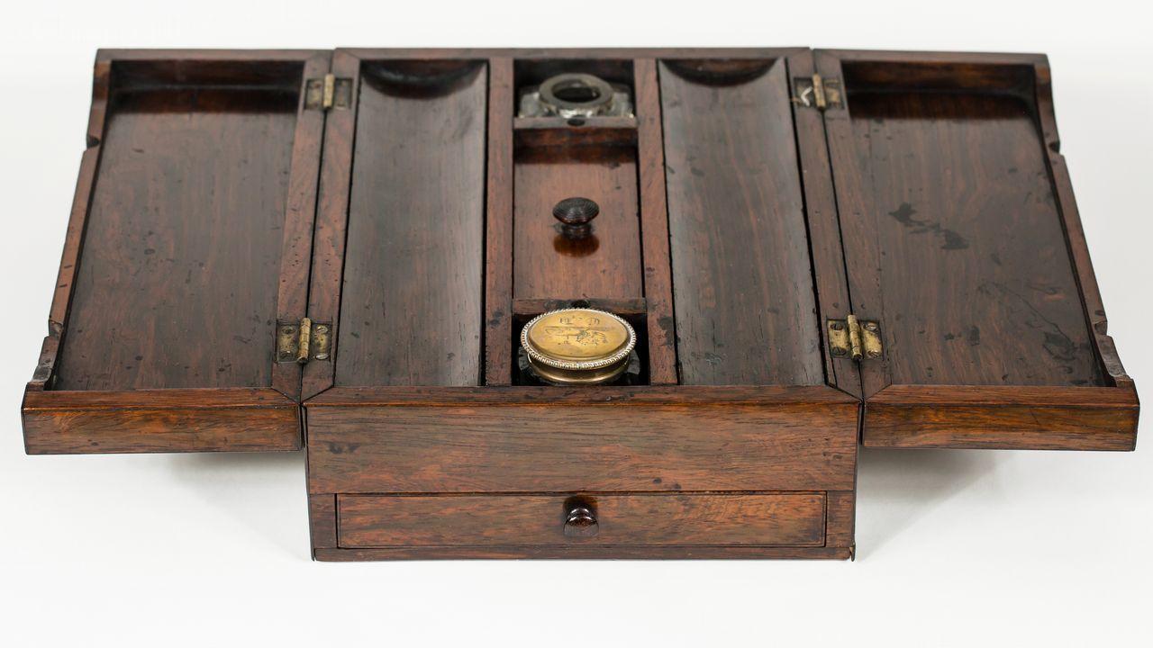 El escritorio portátil que utilizaba el autor