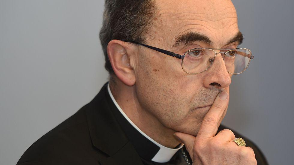 Imágenes en streaming desde Niza.El arzobispo de Lyon, Philippe Barbarin.