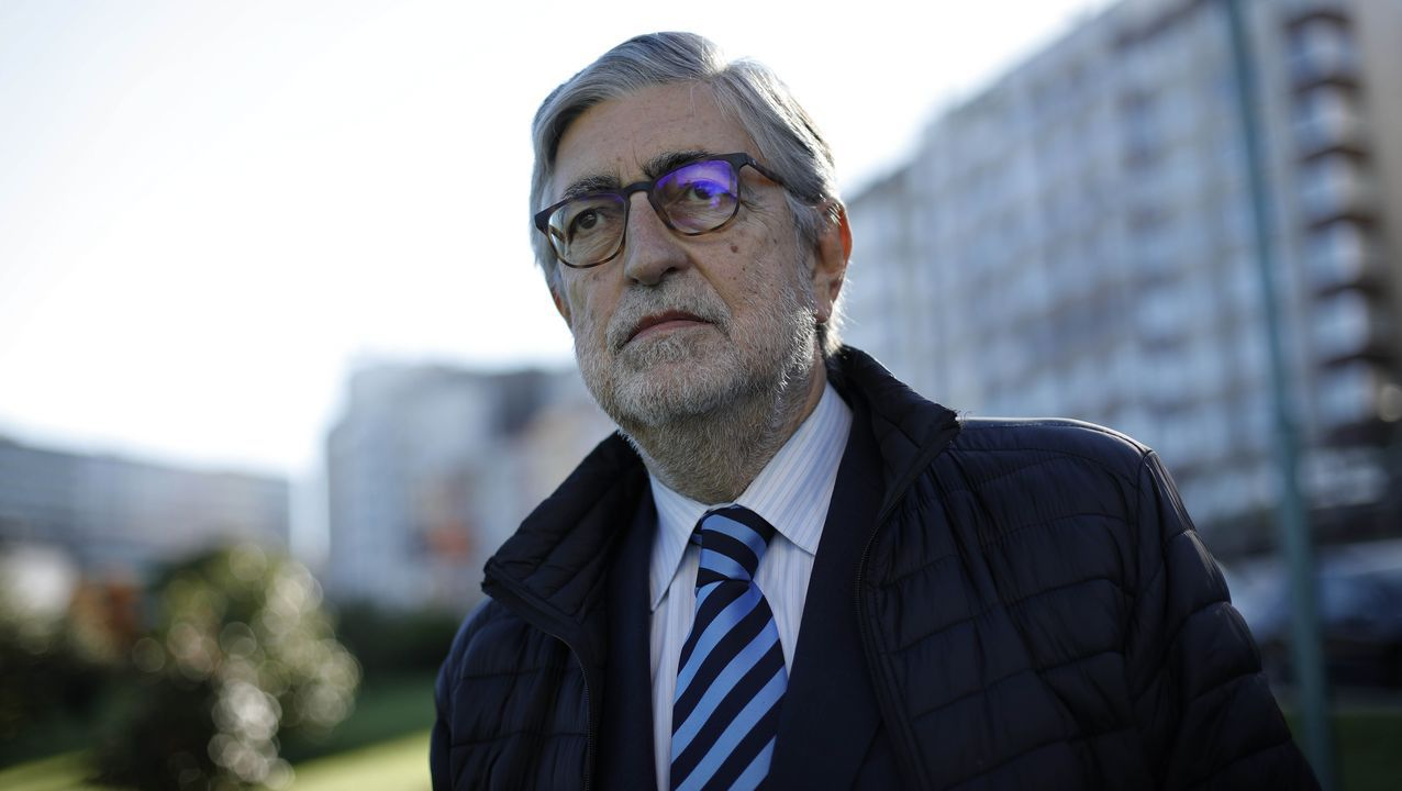 Fernández Moreda fotografiado en A Coruña, donde reside desde hace años con su mujer