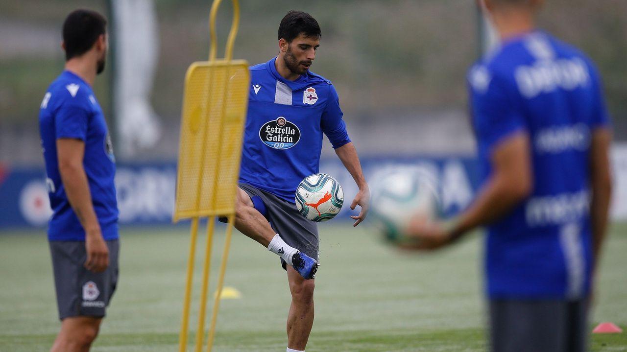 Las imágenes de un nuevo desastre del Deportivo en Extremadura
