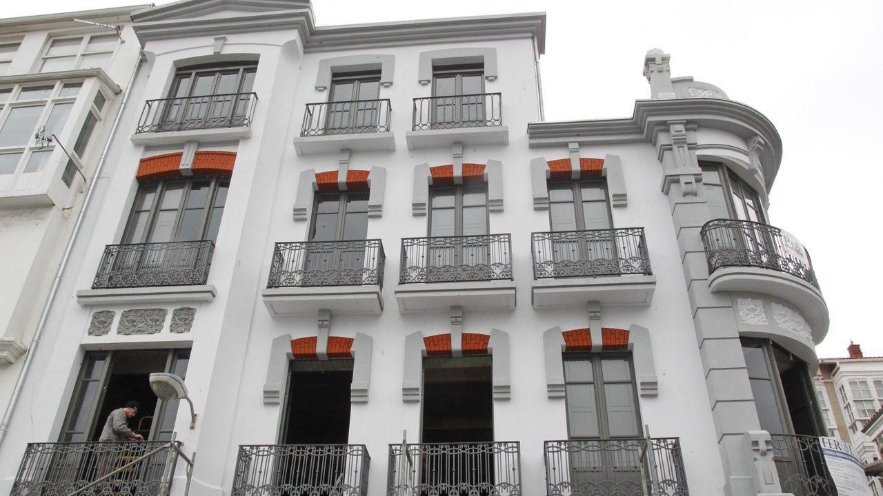 Rehabilitación del Arquivo Histórico Provincial.Reunión del delegado de la Xunta y el presidente de los arquitectos técnicos