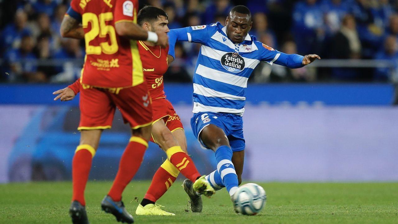El central riojano debutó con Seedorf, se asentó con Luis César y se ha consolidado con Vázquez.