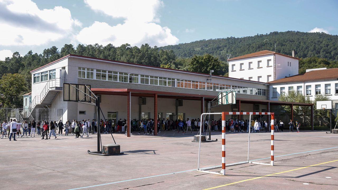 IES O Ribeiro, uno de los centros cuya dirección acaba mandato